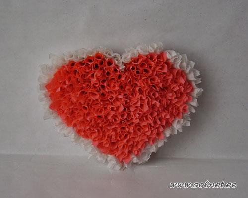Большое сердце из салфеток 4