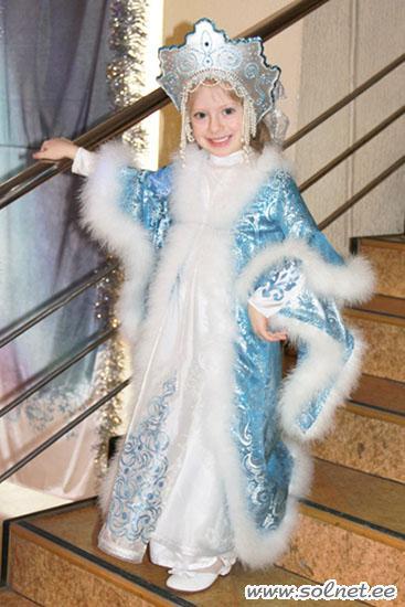 Платье снегурочки фото своими руками