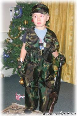 Новогодний костюм солдата для мальчика своими руками