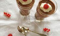 Шоколадный мусс с греческим йогуртом